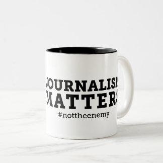 O jornalismo importa caneca