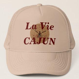 O La Vie o boné bege de Cajun
