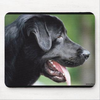 O Labrador preto Mouse Pad