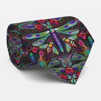 O laço dos homens da gravata da libélula do