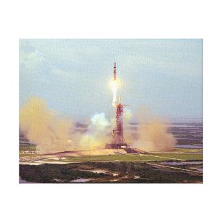 O lançamento de Saturn IB do projeto do teste de A Impressão De Canvas Envolvida