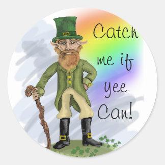 O Leprechaun, trava-me se lata do yee! Etiquetas