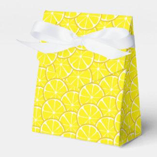 O limão do citrino do verão corta a caixa do favor