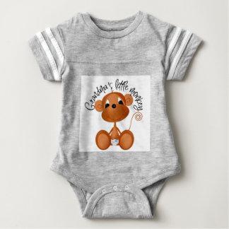 O macaco pequeno da avó - camiseta e presentes do