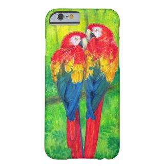 O Macaw dos pássaros do amor repete mecanicamente Capa Barely There Para iPhone 6