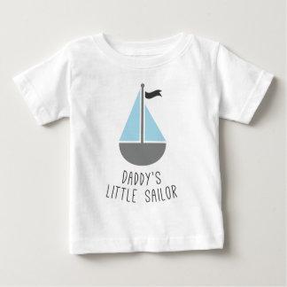 O marinheiro pequeno do pai camiseta