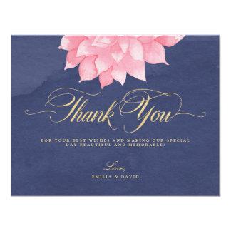 O marinho cora cartões de agradecimentos florais