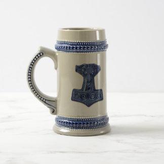 O Martelo-Mjölnir do Thor caneca de cerveja