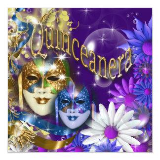 O mascarada roxo do aniversário do ouro convite quadrado 13.35 x 13.35cm