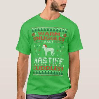 O Mastiff morno dos Snuggles afaga a camisa feia