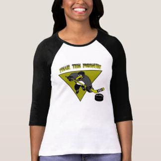 O medo das mulheres o t-shirt do pinguim camiseta