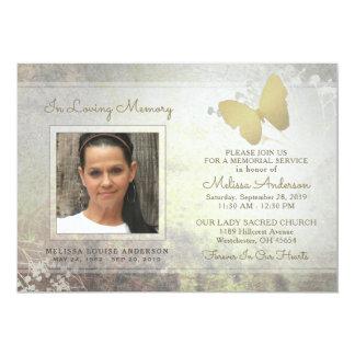 O memorial dourado da borboleta da memória Loving Convite 12.7 X 17.78cm