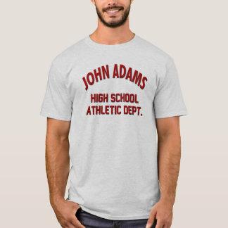 O menino encontra a camisa de John Adams do mundo