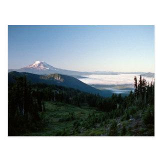 O Mt Adams da cabra balança a região selvagem, WA Cartão Postal
