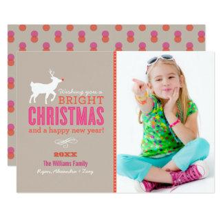 O Natal brilhante deseja a areia do cartão com