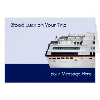 O navio de cruzeiros branco cobriu o cartão de