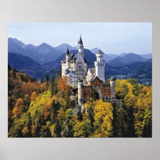 O Neuschwanstein fantástico é um de três Pôster