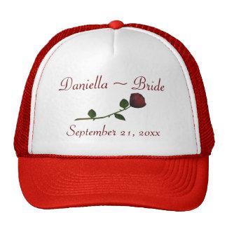 O nome da noiva/data do casamento - vermelho boné