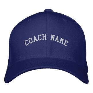 O nome do treinador personalizou o azul bordado do boné bordado