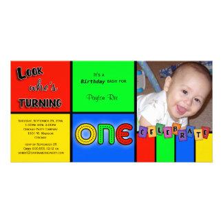 O olhar colorido Whos que gira 1 aniversário convi Cartão Com Fotos Personalizado