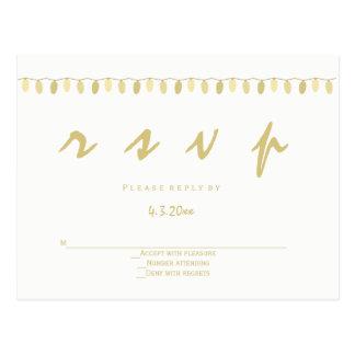 O ouro moderno ilumina cartão do rsvp do casamento