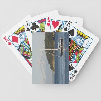 O padeiro da montagem domina a paisagem 2 jogo de baralho
