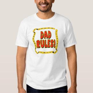 O pai ordena presentes para ele tshirt