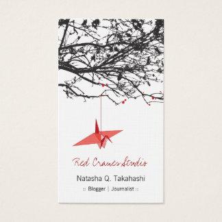 O papel vermelho japonês de Origami Cranes a Cartão De Visitas