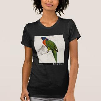 O Parakeet Escarlate-Colocado um colar de Edward Tshirt