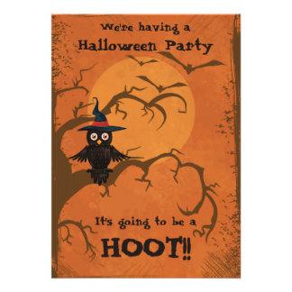 O partido bonito do Dia das Bruxas da coruja está Convites Personalizados
