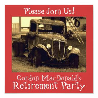 O partido de aposentadoria antigo do caminhão convite personalizado