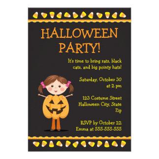 O partido do Dia das Bruxas convida com a menina d Convites Personalizado