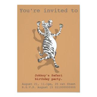 O partido do safari da zebra convida convite 12.7 x 17.78cm