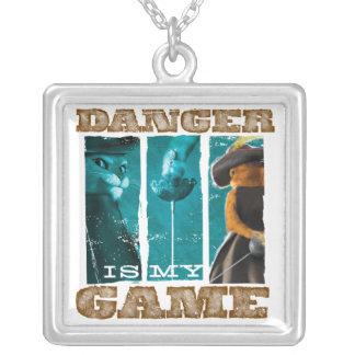 O perigo é meu jogo colar banhado a prata