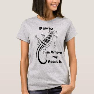 O piano é onde meu t-shirt cómico do coração camiseta