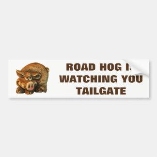 O porco de estrada está olhando-o bagageira adesivo de para-choque
