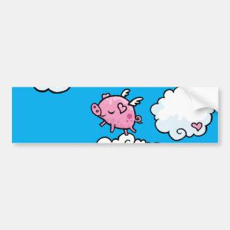 O porco do vôo dança em nuvens adesivo para carro