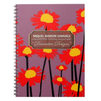 O prado vermelho floresce caderno moderno roxo da