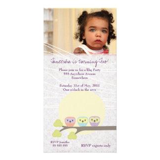 O prêmio bonito da festa de aniversario de meninas cartao com foto personalizado