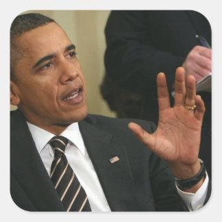 O presidente Barack Obama fala à imprensa Adesivo Quadrado