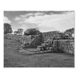 O preto Carts a torreta na parede de Hadrian Impressão De Foto