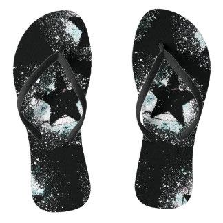 O preto Stars chinelos