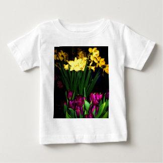 O primavera de NYC floresce a arte & a fotografia Tshirt