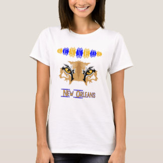 O puma de Kennedy Eyes a camisa dos alunos