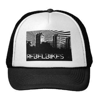 O rebelde BIkes o chapéu da cidade Bone