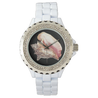 O relógio da mulher cor-de-rosa de Shell do Conch