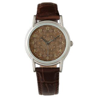 O relógio das mulheres rústicas do vintage das