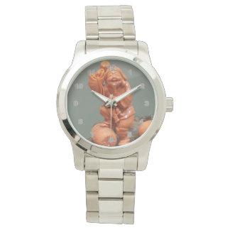 O relógio desproporcionado dos homens de prata