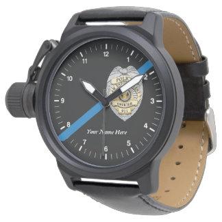 O relógio fino do agente da polícia de Blue Line