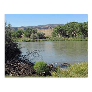 O Rio Colorado em pouco cartão da angra da lavagem